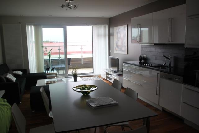 05.26.02 - Living area