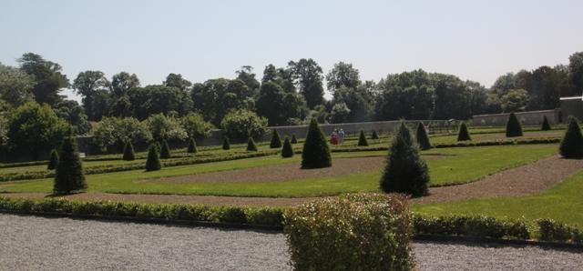 07.11.07 - Walled garden