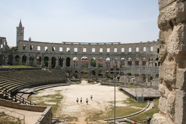 06.18 - 03 - Amphitheatre at Pula