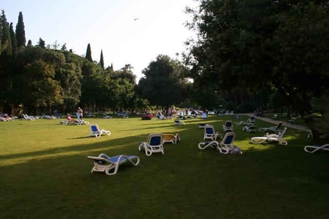 06.23 - 05 - Hotel Eden gardens