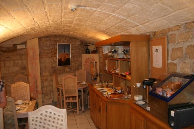 09.11 - 02 - Breakfast Room at Hotel Eiffel Kennedy