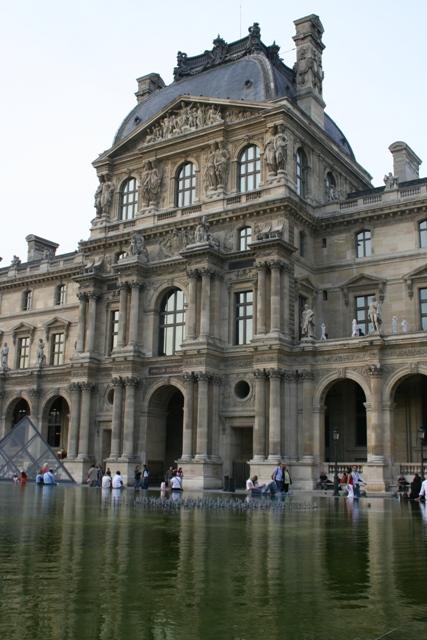 09.09 - 25 - Palais du Louvre