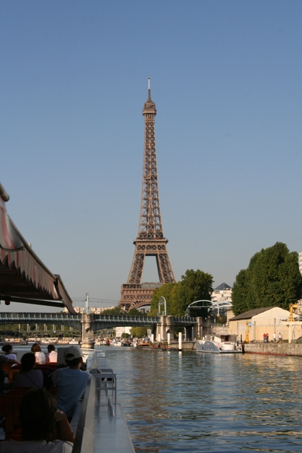 09.10 - 19 - View of Eiffel Tower from bateau mouche