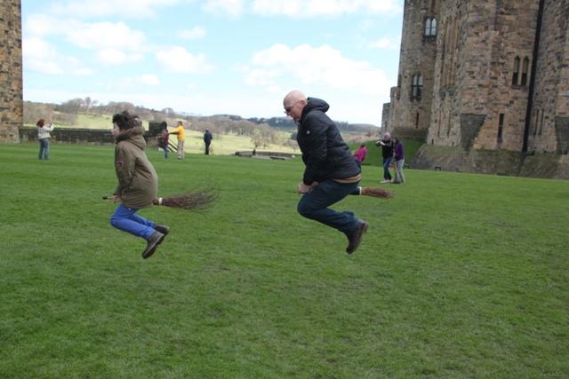 04.08.57 - Alnwick Castle