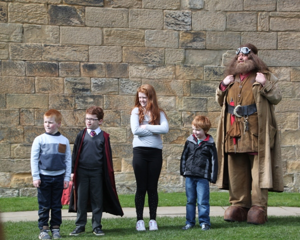 04.08.63 - Alnwick Castle