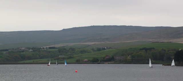 05.04.10 - Hollingworth Lake