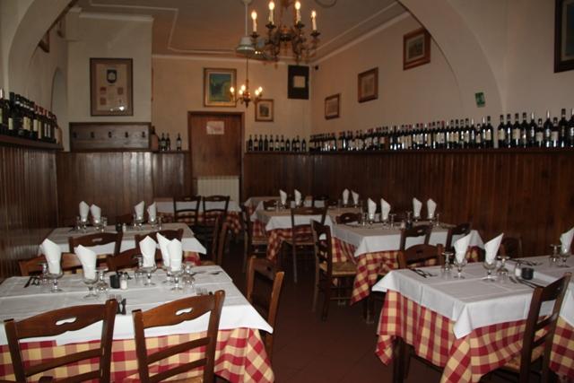 05.30.41 - Restaurant Anita