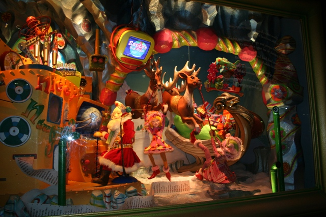 12.03.14 - Macys Christmas Windows