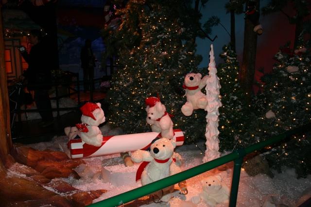 12.03.19 - Santaland at Macys