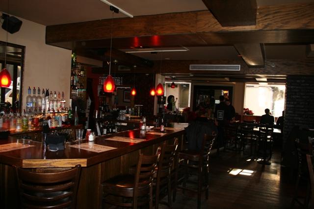 12.08.10 - Hotel restaurant - Rare