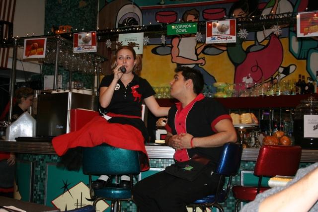 12.03.28 - Ellens Stardust Diner
