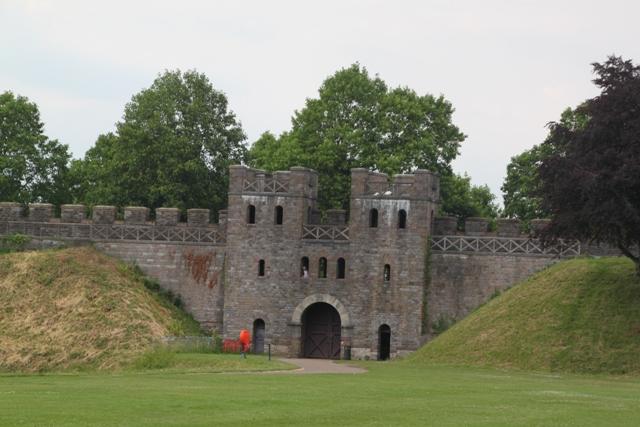 06.23.51 - Cardiff Castle