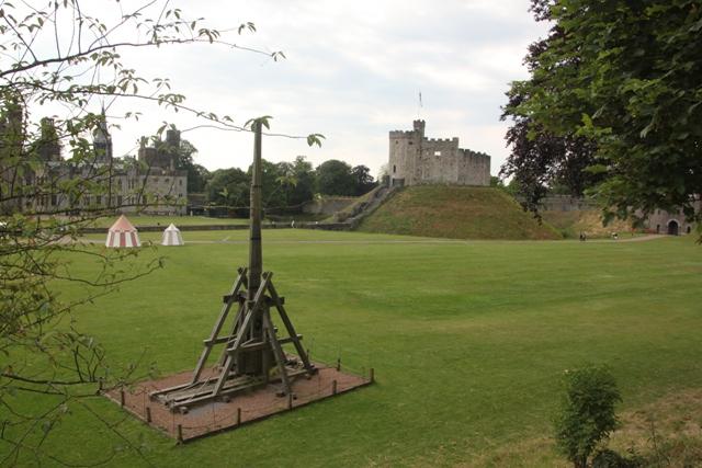 06.23.52 - Cardiff Castle
