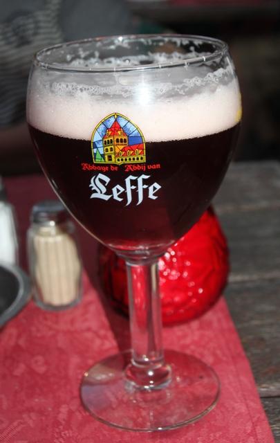08.03.54 - Bruges