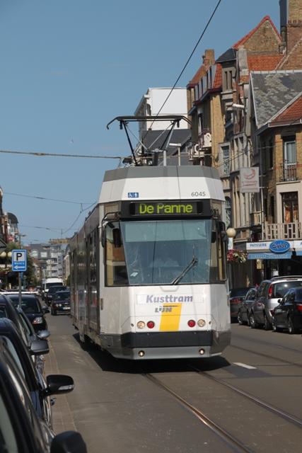 08.04.39 - Coast tram