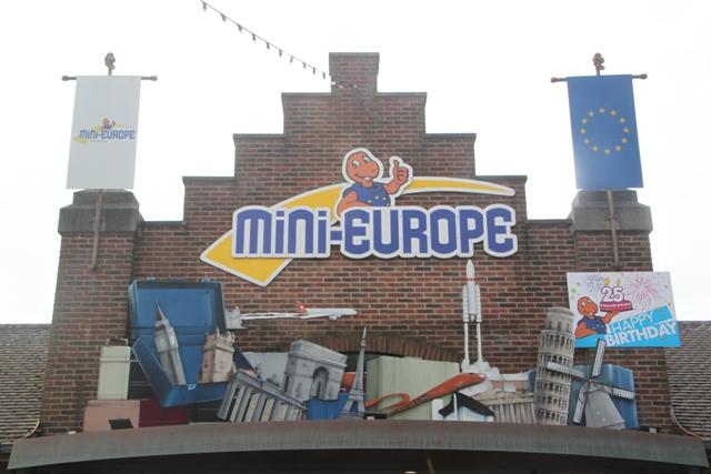 08.07.01 - Mini Europe