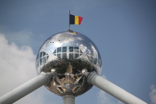 08.07.43 - Atomium