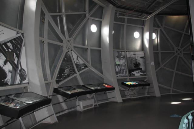 08.07.52 - Atomium