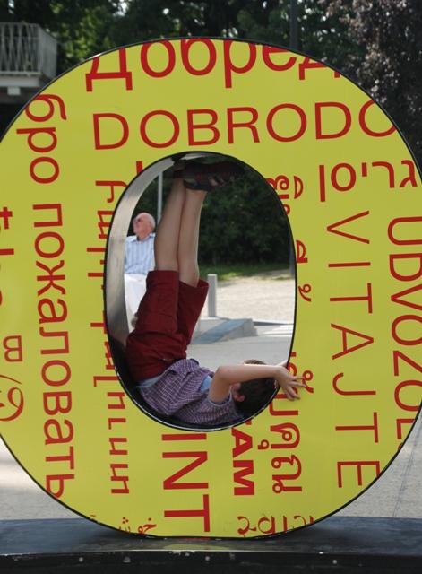 08.07.60 - Atomium