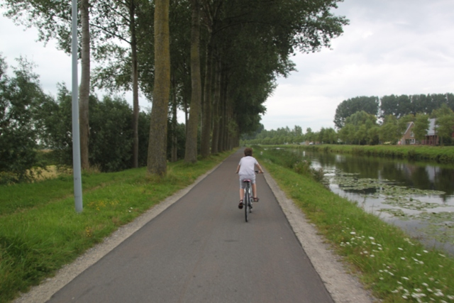 08.08.12 - Cycling to Damme