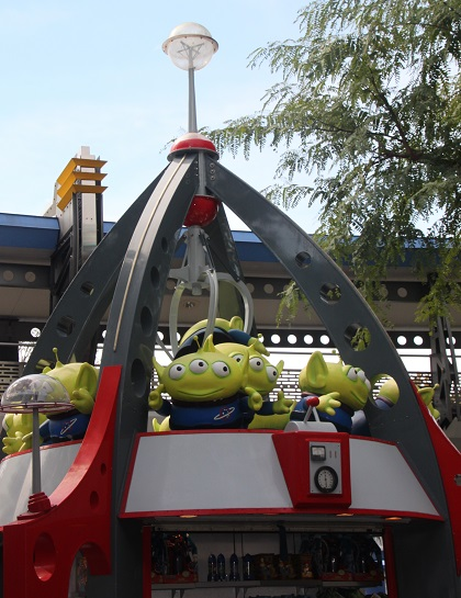 10.21.0039 - Tomorrowland