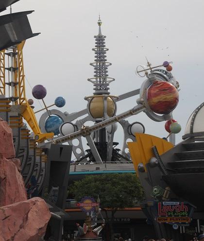 10.21.015 - Tomorrowland