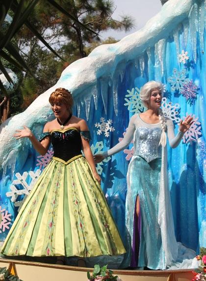 10.19.121 - Anna and Elsa