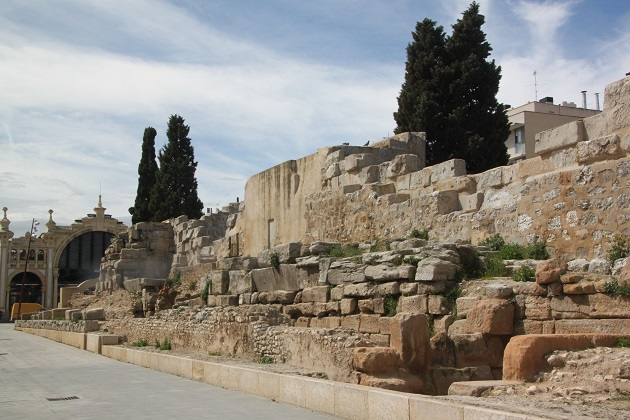 03.30.045 - Roman walls