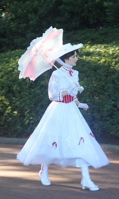 10.27.038 - Mary Poppins