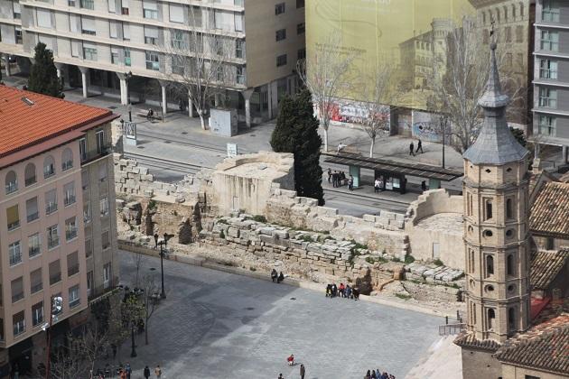 03.30.019 - Roman walls