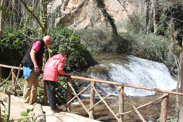 04.02.038 - Waterfalls