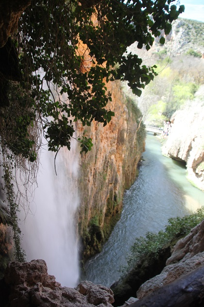 04.02.059 - Waterfalls