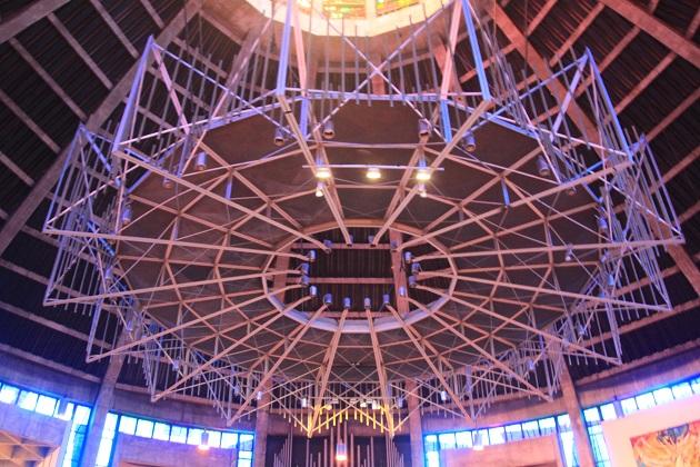 04.25.013 - Catholic Cathedral