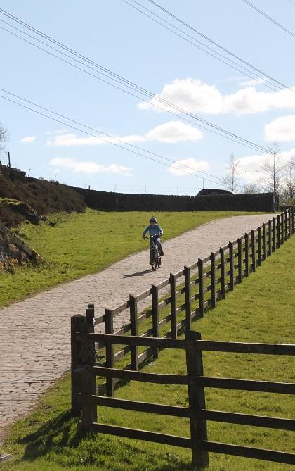 04.26.011 - Longdendale Trail