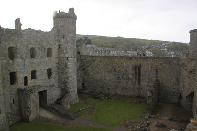 05.02.031 - Harlech Castle