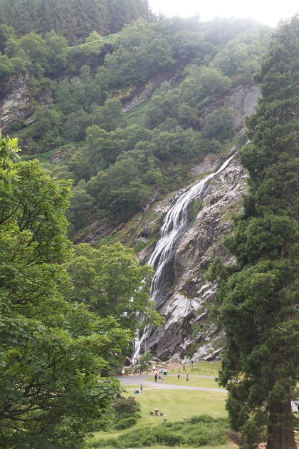 07-09-077-powerscourt-waterfall