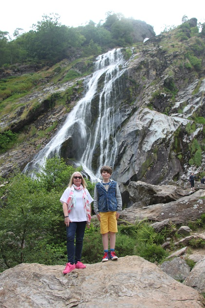 07-09-078-powerscourt-waterfall