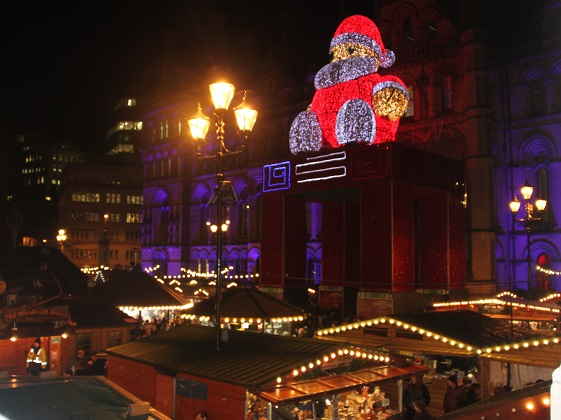12-19-07-christmas-market